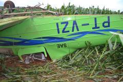 Avião  pulverizador não levanta voo  entra em milharal e capota próximo de Patos de Minas | Patos Agora - A notícia no seu tempo - https://patosagora.net