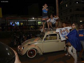 Patenses comemoram título do Cruzeiro na Copa do Brasil pelas ruas da cidade | Patos Agora - A notícia no seu tempo - http://www.patosagora.net