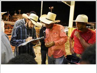 Festa do Peão de Cruzeiro da Fortaleza - dia 19/11/2017 -Parte 1 | Patos Agora - A notícia no seu tempo - http://www.patosagora.net