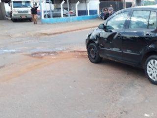 Motociclista é encaminha à UPA após ficar ferida em acidente na Rua Tomáz de Aquino | Patos Agora - A notícia no seu tempo - http://www.patosagora.net