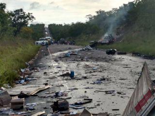 13 pessoas morreram em grave acidente na BR-251 em acidente com vários veículos | Patos Agora - A notícia no seu tempo - http://www.patosagora.net