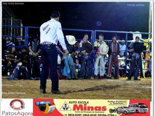 1º Festival Anjos da Vida segundo dia de Rodeio Profissional e shows -Parte 2  | Patos Agora - A notícia no seu tempo - http://www.patosagora.net