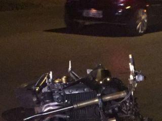Motociclista fica ferido após roda dianteira da moto se soltar na Avenida Marabá  | Patos Agora - A notícia no seu tempo - http://www.patosagora.net