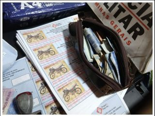 Cinco pessoas são detidas suspeitas de estelionato, após serem abordadas vendendo rifas no UNIPAM | Patos Agora - A notícia no seu tempo - http://www.patosagora.net