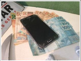 Mãe denúncia filho e PM localiza droga e dinheiro em residência no Bairro Alto da Serra | Patos Agora - A notícia no seu tempo - http://www.patosagora.net