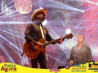 Grande público acompanha show de Chrystian & Ralf na Praça Park   Patos Agora - A notícia no seu tempo - http://www.patosagora.net