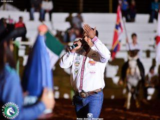 1º Round - Cavalgada Vila Vicentina - Show de Carvalho e Mariano   Patos Agora - A notícia no seu tempo - http://patosagora.net
