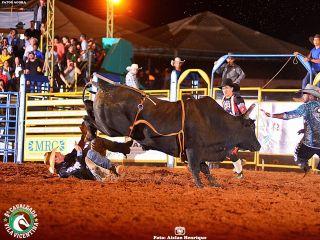 1º Round - Cavalgada Vila Vicentina - Show de Carvalho e Mariano - Parte 2   Patos Agora - A notícia no seu tempo - http://patosagora.net