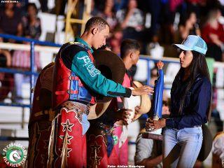 2º Round - Cavalgada Vila Vicentina - Show de Emílio e Eduardo - Parte 1 | Patos Agora - A notícia no seu tempo - http://www.patosagora.net