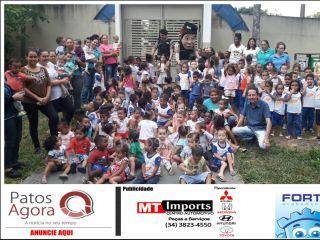 Polícia Militar de Patrocínio realiza comemoração ao Dia das Crianças | Patos Agora - A notícia no seu tempo - http://www.patosagora.net