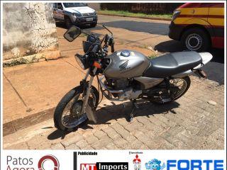 Motociclistas ficam feridos em acidente no Bairro Vila Garcia | Patos Agora - A notícia no seu tempo - http://patosagora.net