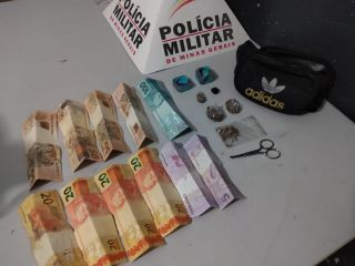 Jovem é preso e namorada é apreendida após PM localizar drogas em veículo no Bairro Alto Limoeiro | Patos Agora - A notícia no seu tempo - https://patosagora.net
