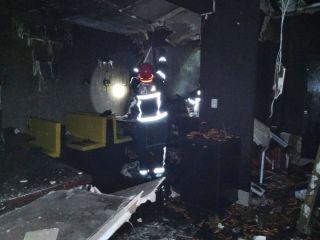 Bombeiros combatem incêndio em empresa no centro de Patos de Minas  | Patos Agora - A notícia no seu tempo - https://patosagora.net
