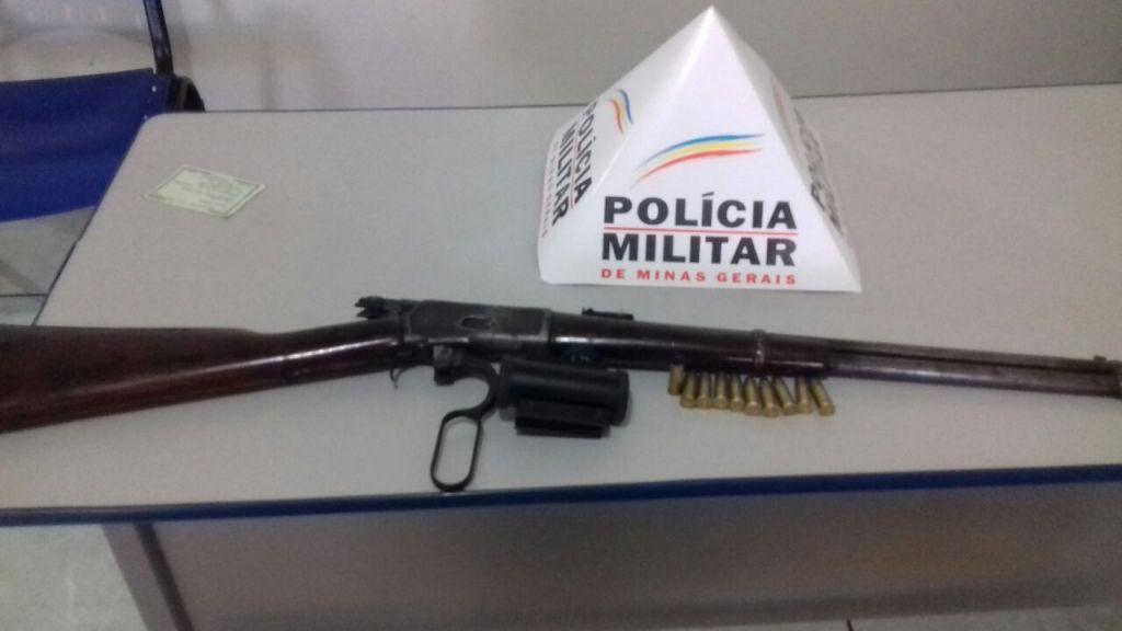 PM de Serra do Salitre apreende arma de fogo