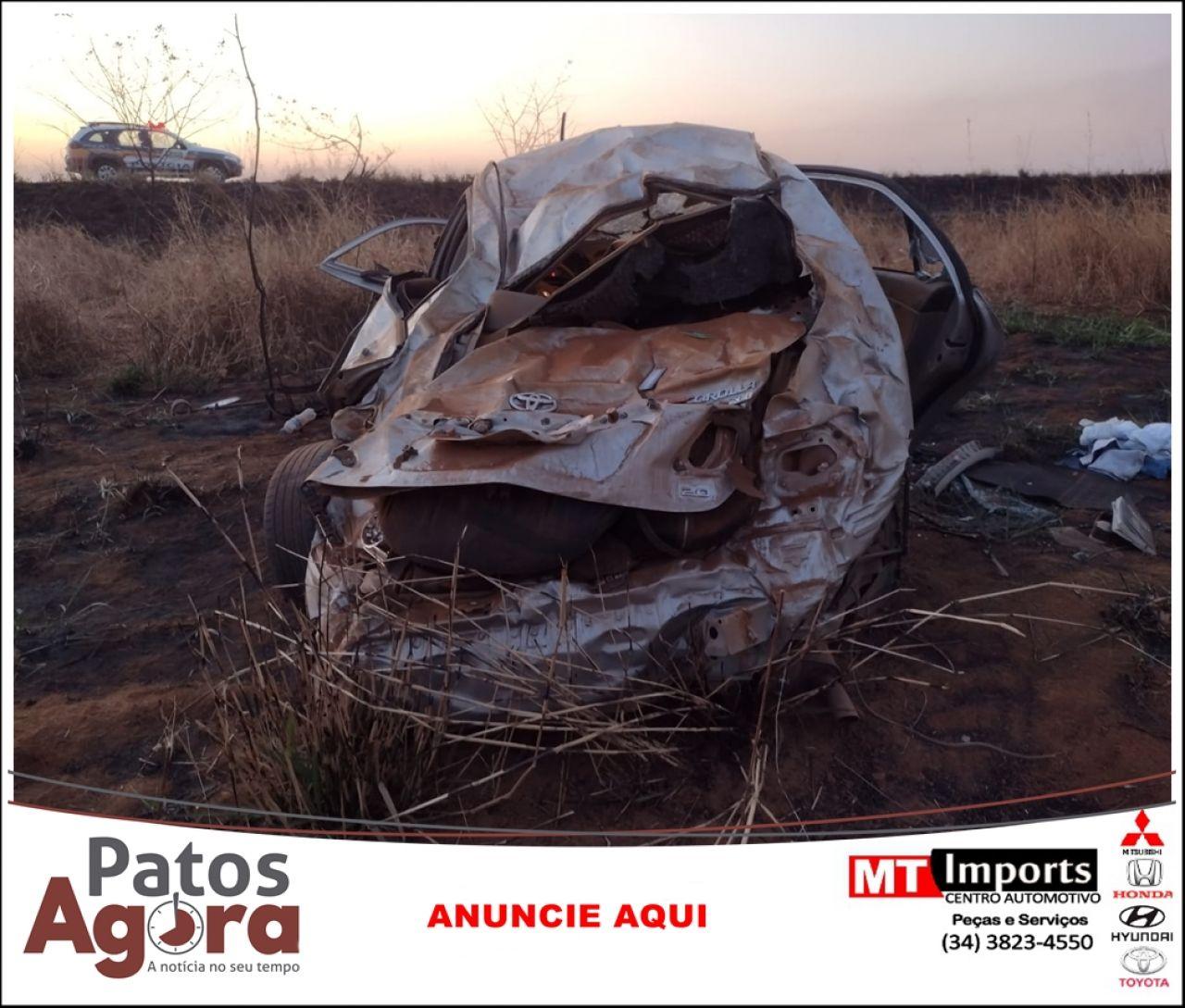 Condutor de 20 anos morre após veículo capotar na rodovia BR 146