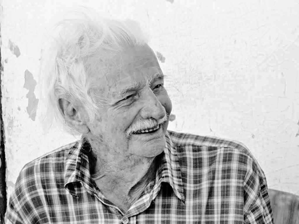 Morreu aos 98 anos, em Lagoa Formosa, o poeta Juca da Angélica