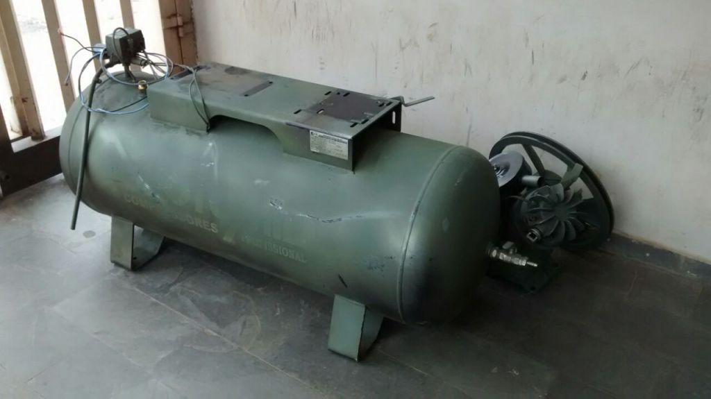 Compressor de ar furtado é apreendido e dono de oficina preso por receptação