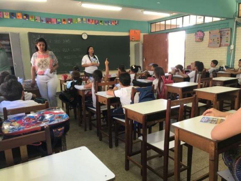 Programa Municipal de Combate à Dengue realiza parceria para ação na E. E. Doutor Paulo Borges