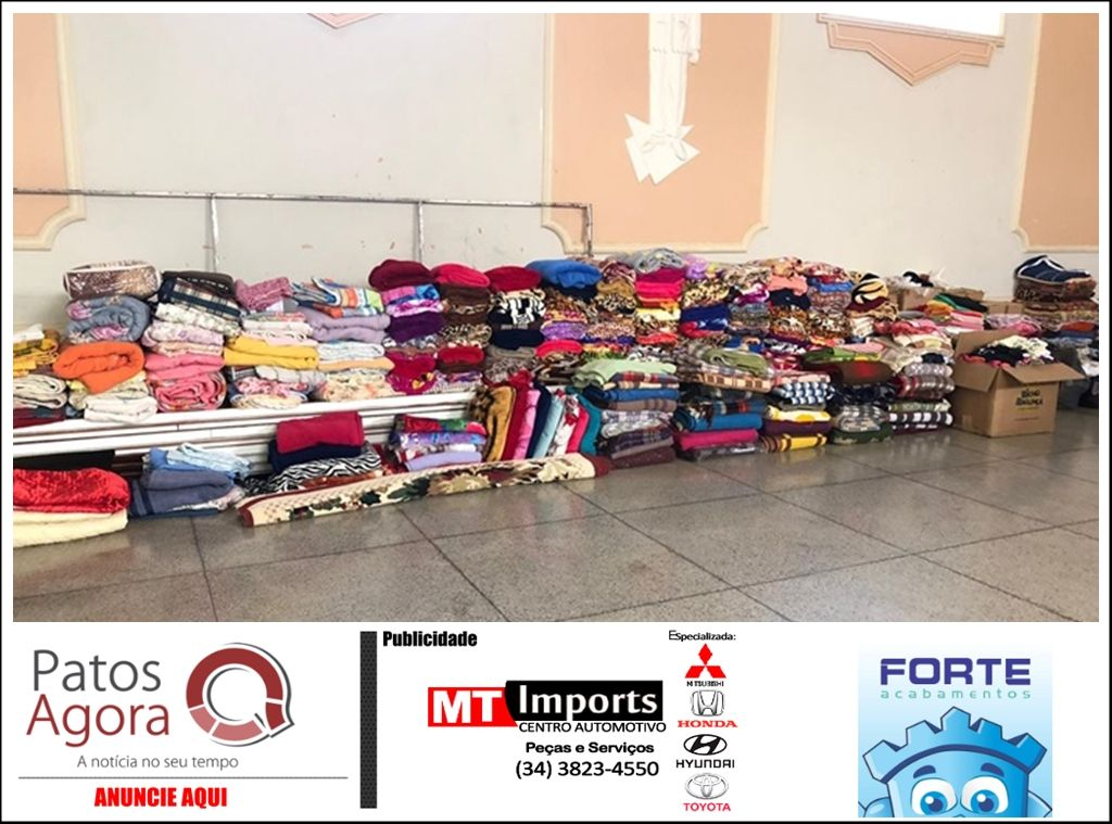 Corpus Christi arrecada mais de meia tonelada de alimentos e cerca de 500 peças de agasalhos, em Presidente Olegário
