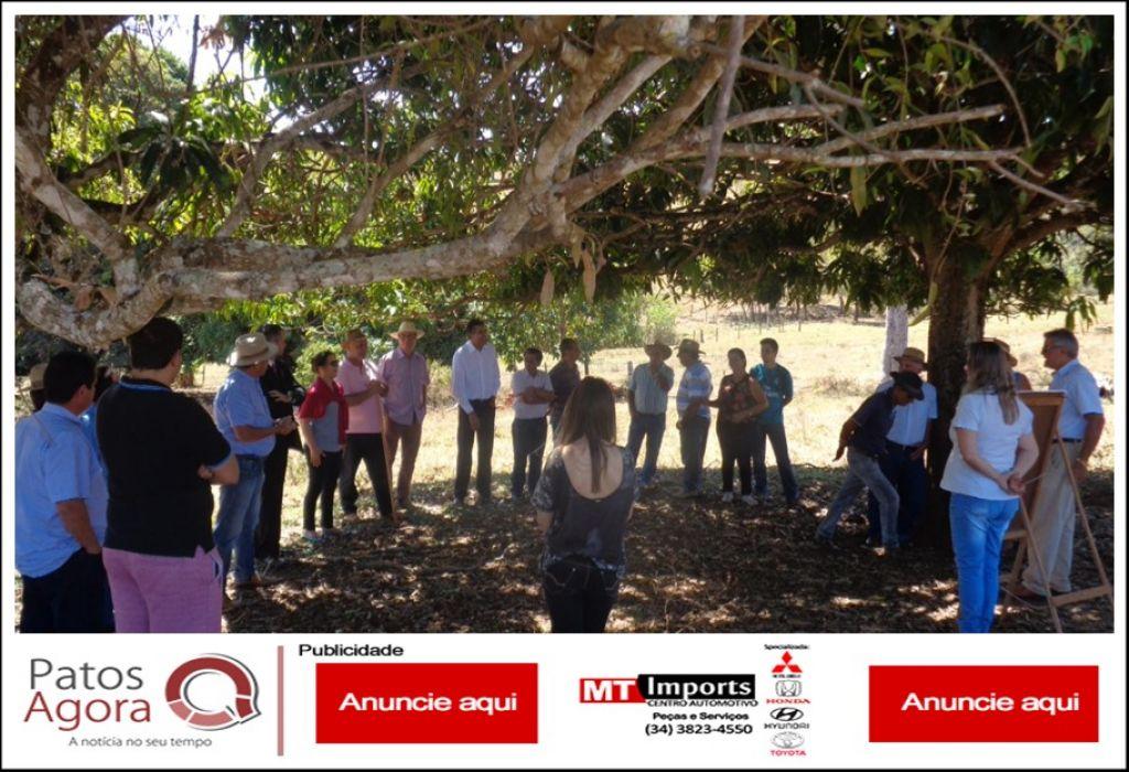 Prefeitura promove reunião de Campo no Distrito de Pindaíbas para preservação do Córrego Bauzinho