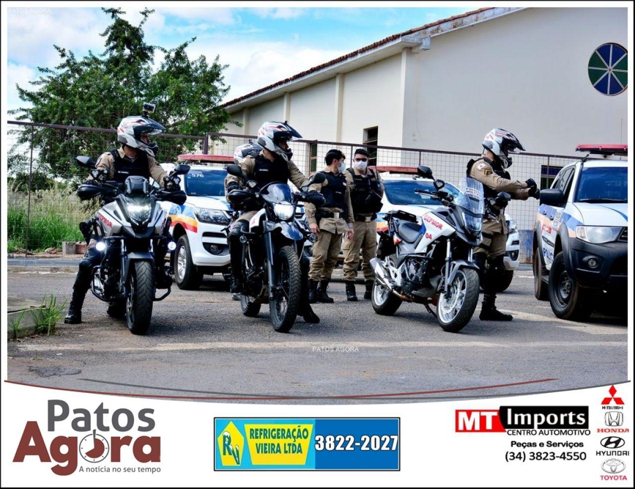 Durante a Operação 10 RPM Contra o Crime, PM prende homem e mulher com mandados em aberto