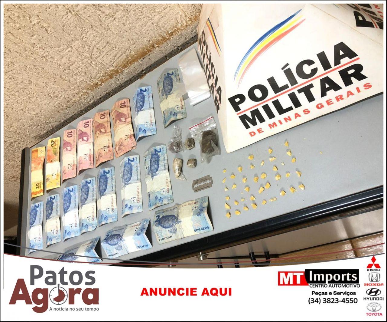 Polícia Militar apreende drogas e identifica traficante