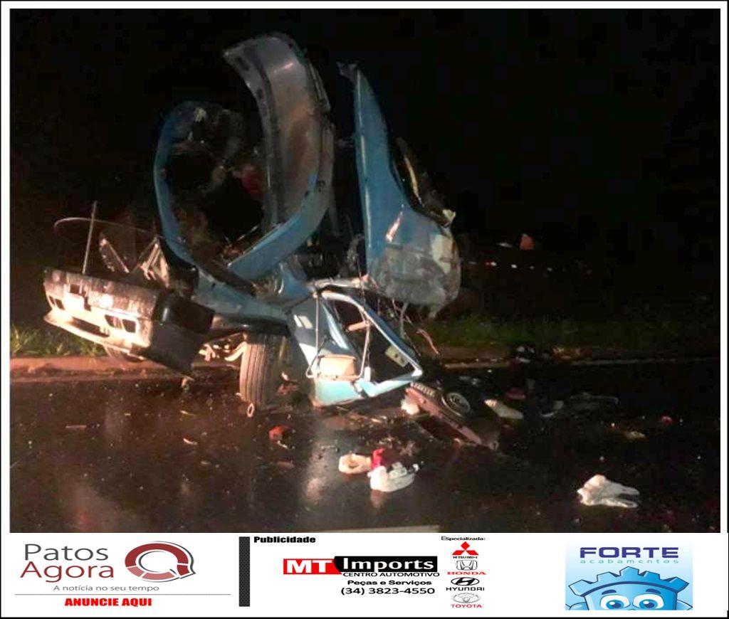 Motorista morre após tombar caminhão na BR-146
