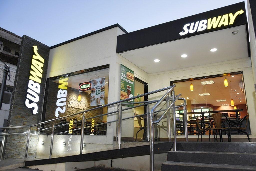 Venha conhecer o Subway Patrocínio e experimente combinar sabor e economia
