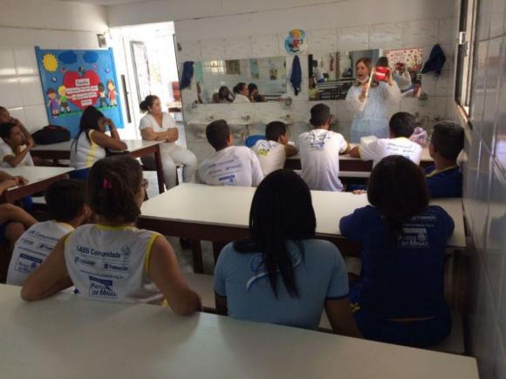 AABB Comunidade promove avaliação odontológica dos alunos