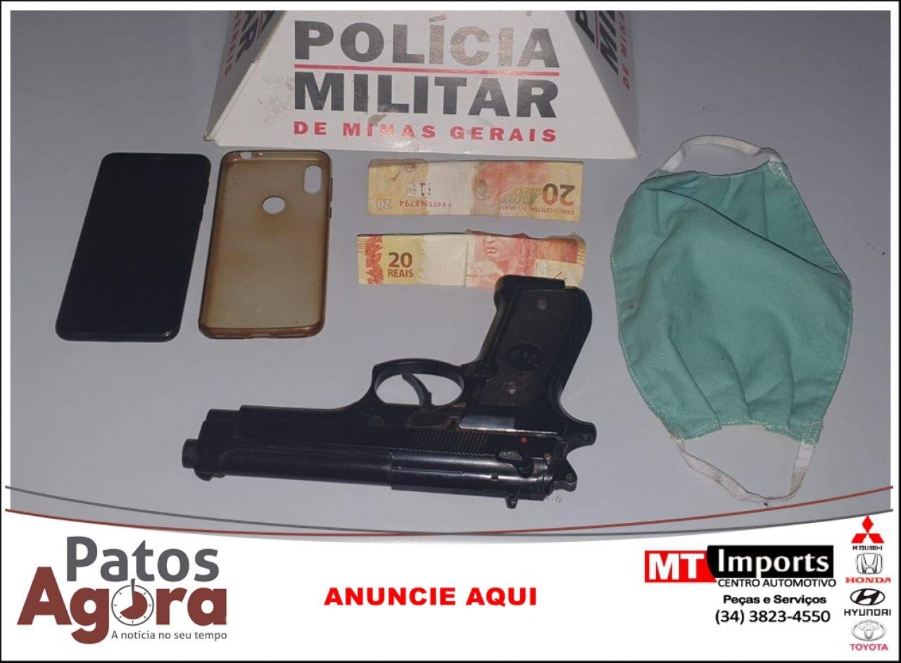 Polícia Militar recupera celular e dinheiro roubado e prende dupla