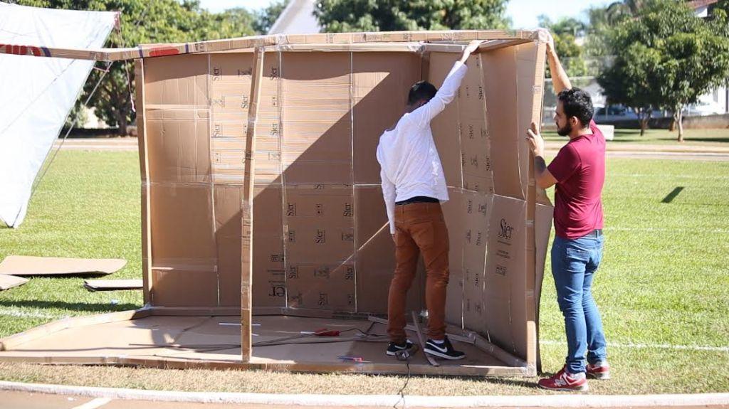 Alunos de Arquitetura desenvolvem abrigos móveis