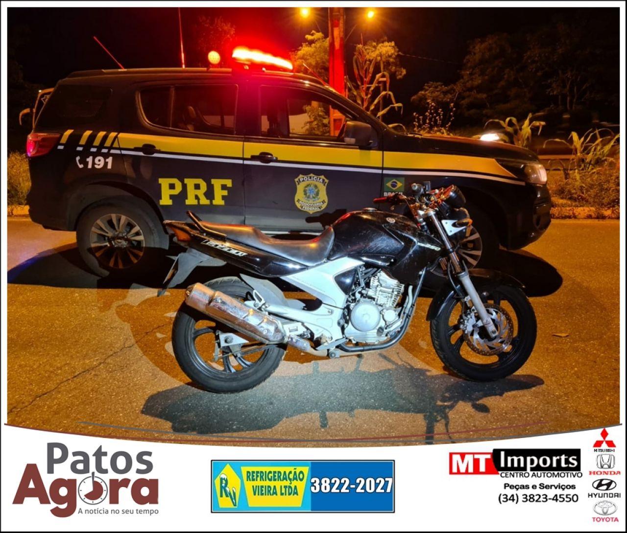 PRF em Patos de Minas recupera motocicleta furtada em Uberlândia que seria levada para o Sergipe