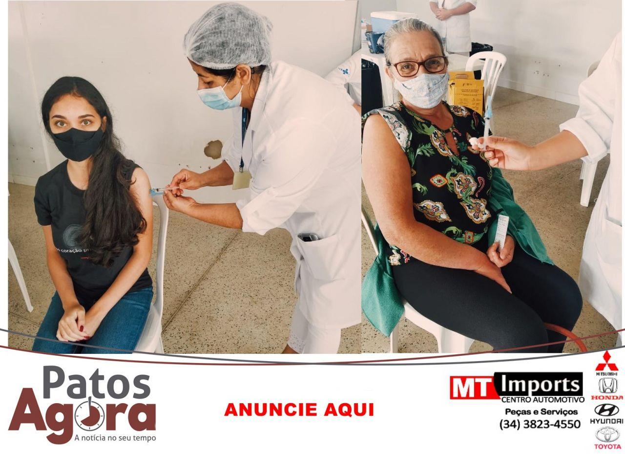 Profissionais da educação começam a ser vacinados em Patos de Minas