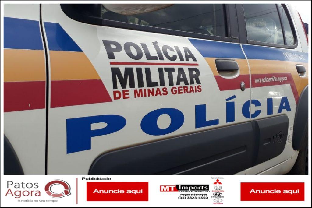 Motociclista entra na contramão em estrada na zona rural de Patos de Minas, colide em carro e morre