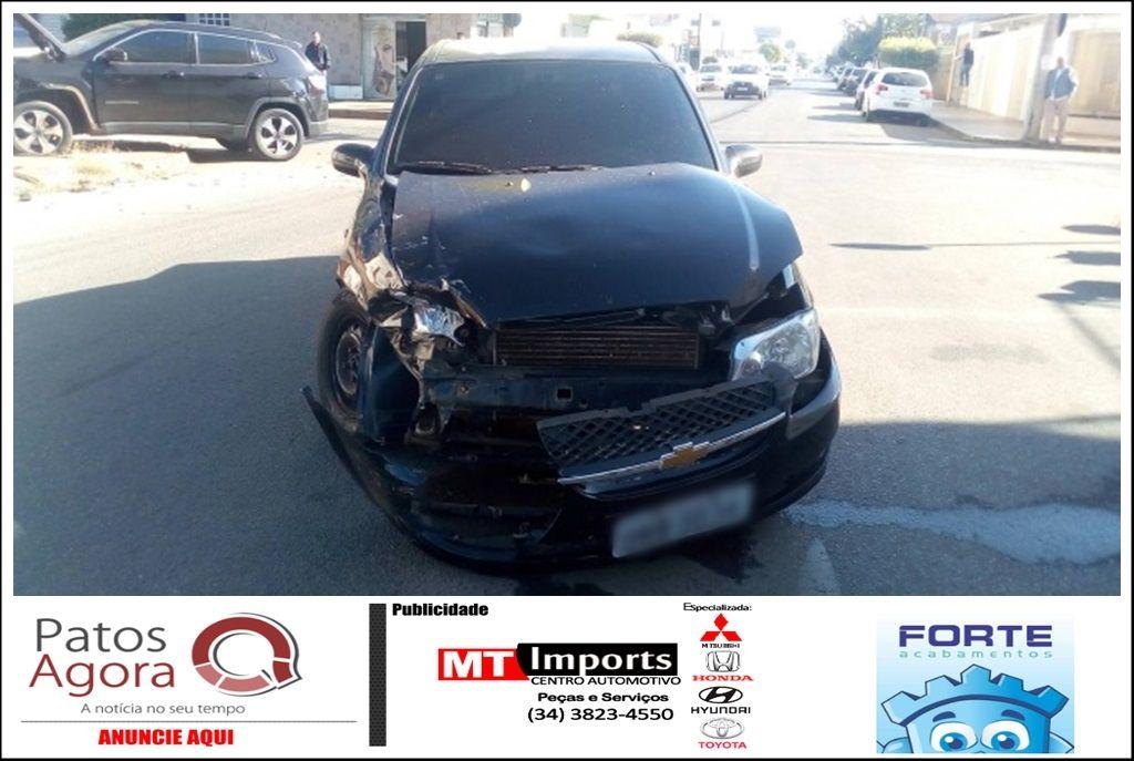 Falta de atenção no trânsito causa mais um acidente em Patos de Minas