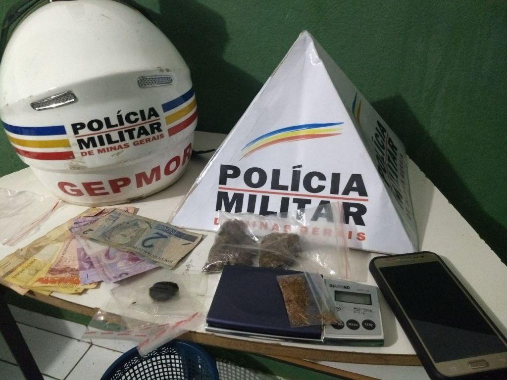 PM apreende droga e prende traficante que participaria da Festa ´Carnaval dos Desesperados´