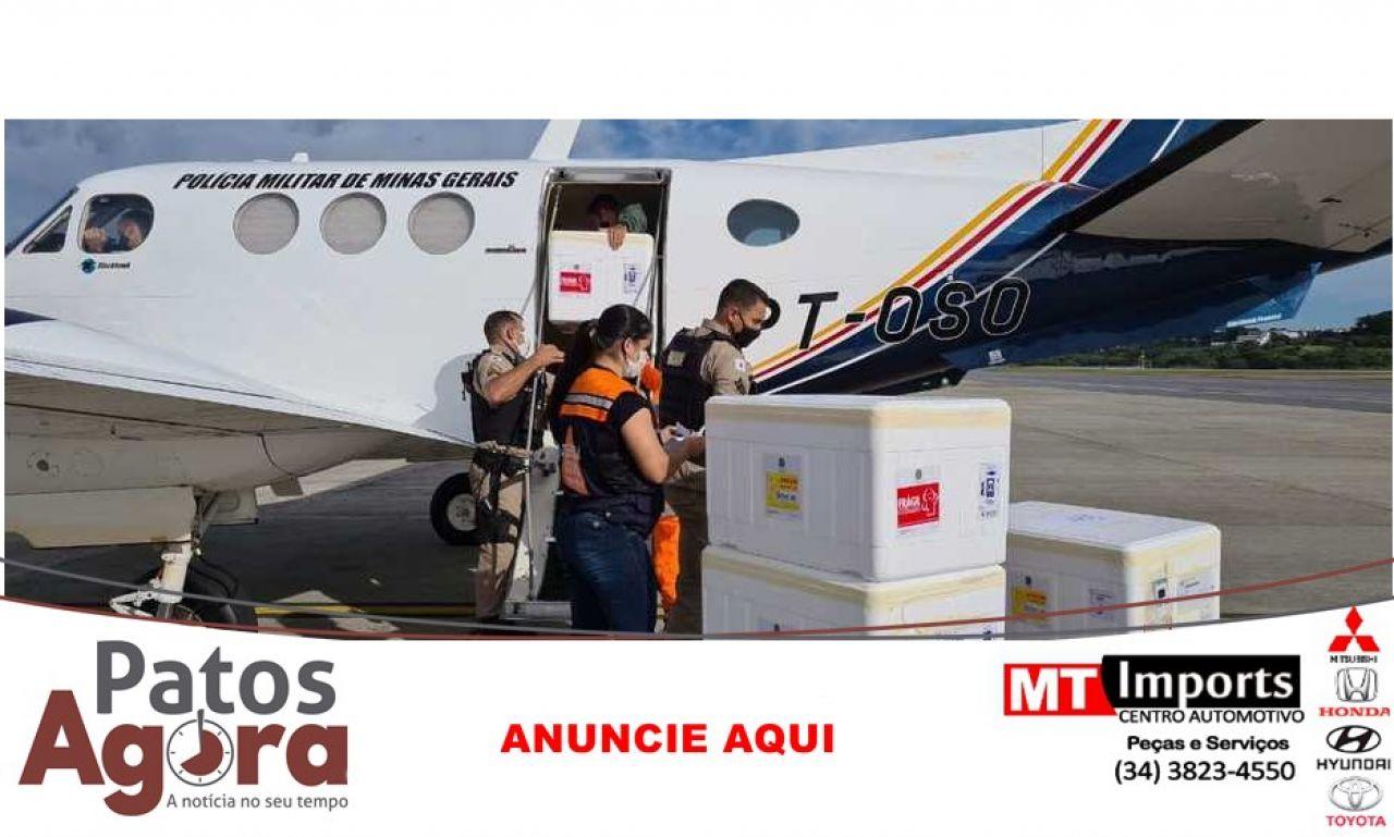 Unidade Regional de Saúde Patos de Minas recebe 14.250 vacinas neste sábado(17/04))