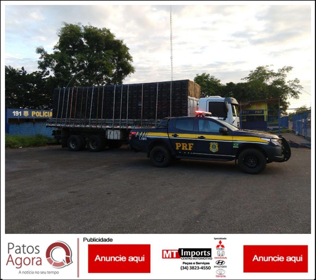 PRF apreende caminhão carregado com batatas que foi tomado de assalto no estado da Bahia, em 2016