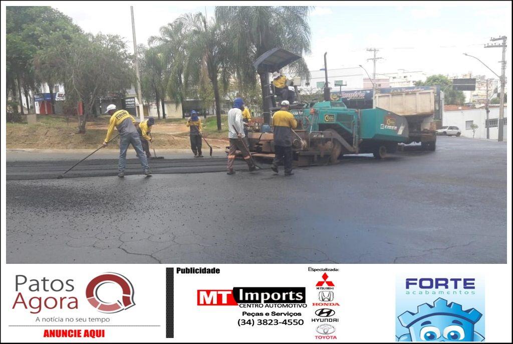 Prefeitura continua com trabalho de recuperação de ruas e avenidas