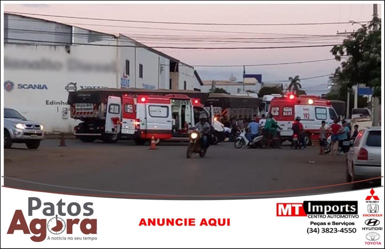 Motociclista sofre ferimentos graves ao colidir na traseira de carreta no Bairro Planalto