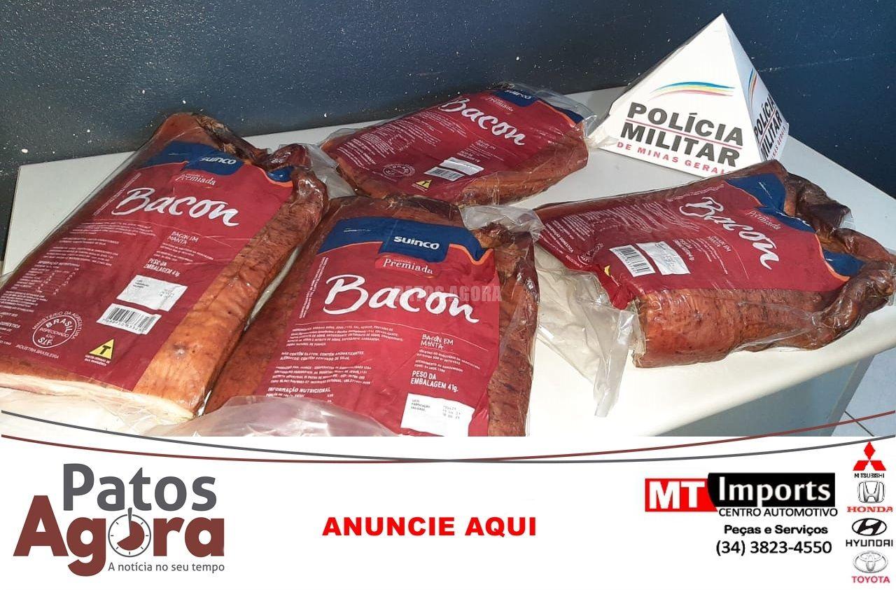 Homem furta caixa com mantas de bacon no bairro Rosário