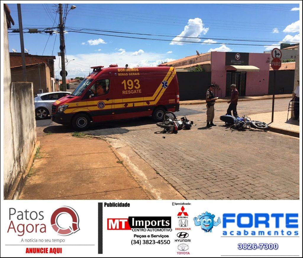 Motociclistas ficam feridos em acidente no Bairro Vila Garcia