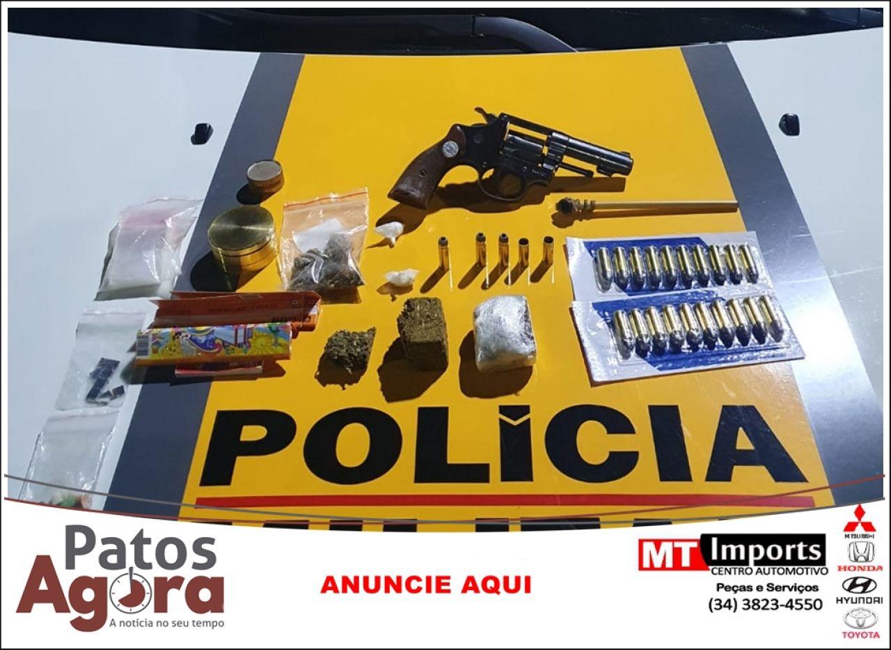 Homem é preso por tráfico de drogas e porte ilegal de arma de fogo e munições
