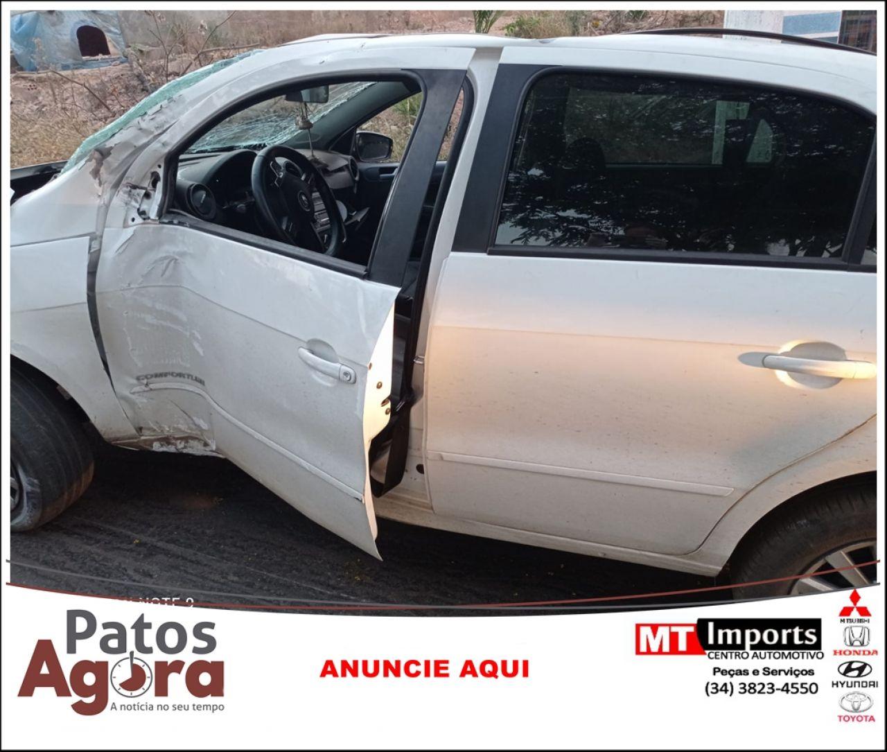 PM procura condutor que abandonou veículo após colidir em poste na Av. Fátima Porto