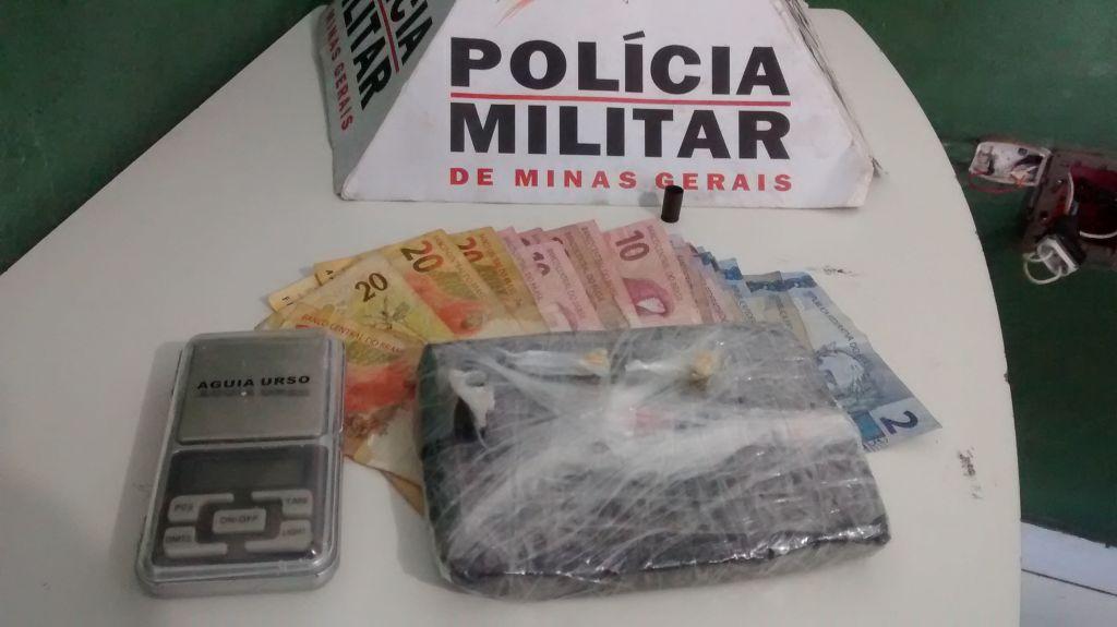 Homem de 33 anos é presos suspeito de tráfico de drogas no bairro Alto da Colina