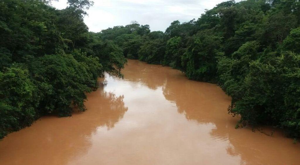 Apesar do grande volume de chuva, nível do Rio Paranaíba ainda não preocupa