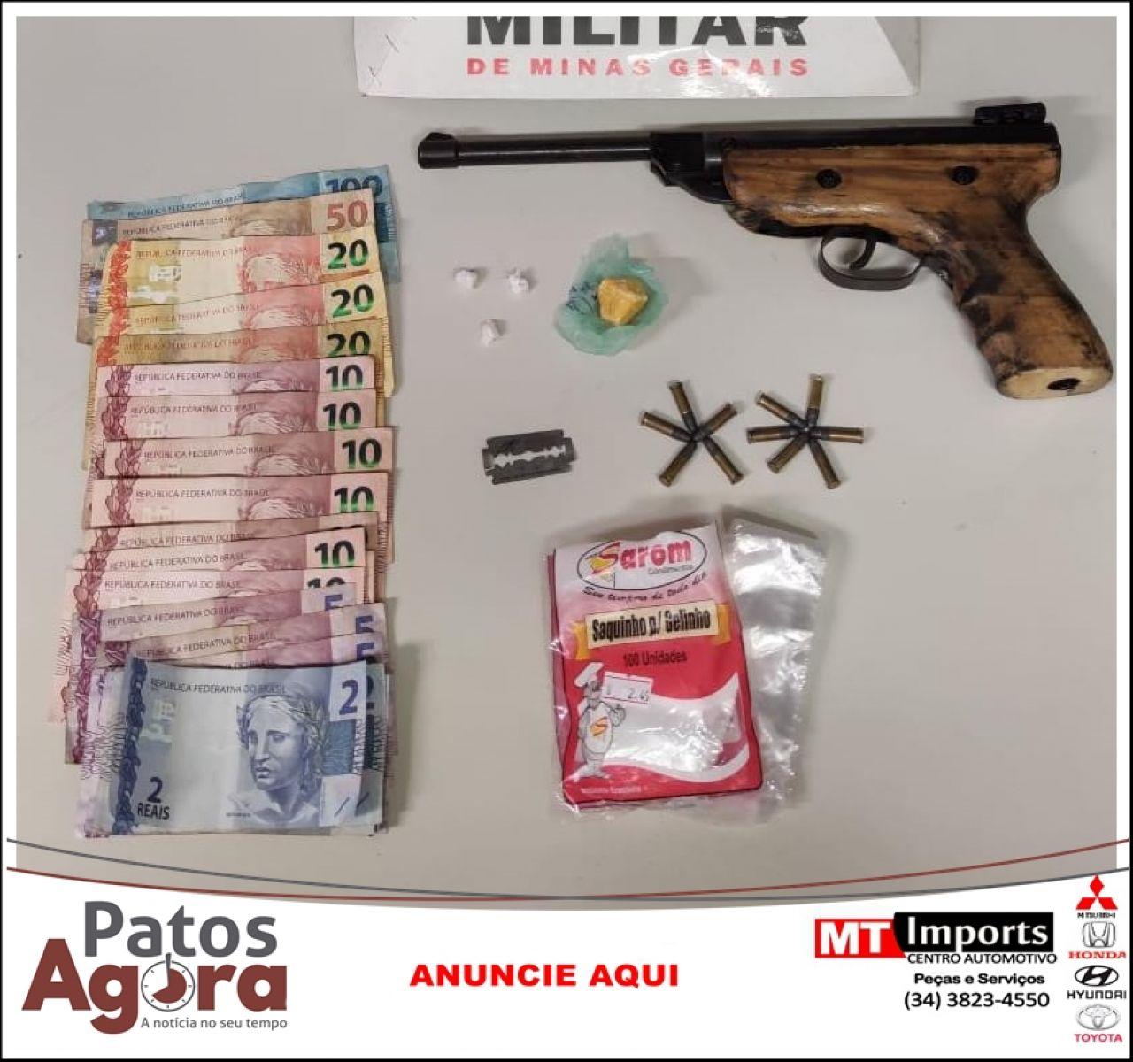 Três pessoas são presas suspeitas de envolvimento no tráfico de drogas pela PM de Patrocínio