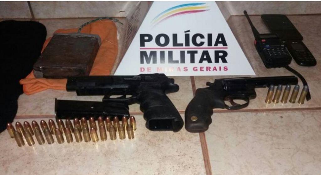 Após fugir de abordagem, rapaz é preso com diversas armas e munições na BR-352