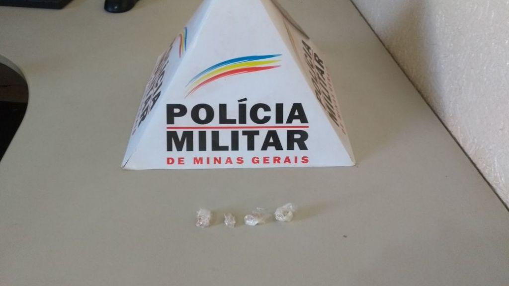 Homem é preso por tráfico de drogas em Carmo do Paranaíba