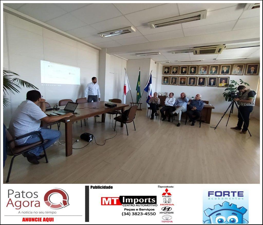 Lançamento do Diário Oficial Eletrônico de Patos de Minas aconteceu nesta segunda-feira